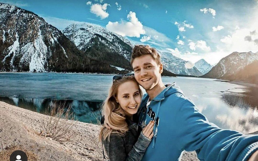 Sestra Natálie Grossové už je rok zasnoubená: Svatbu ale neodkládá kvůli Čarodějce. Co půvabnou Denisu brzdí?