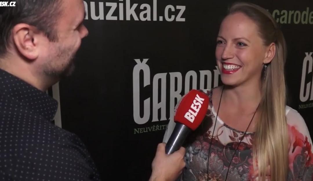 V Čarodějce už se neobjeví: Těhotná Pešková se loučila s kolegy z muzikálového hitu